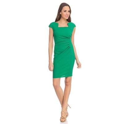 Shape dress with Asymetric Neck Green