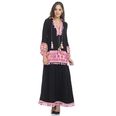 Long dress with embroidery and V neck Black