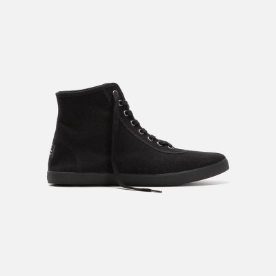 Scout High All Black