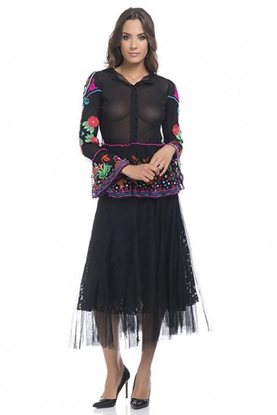 Net top with embroidery and flounce sleeves and low part Black